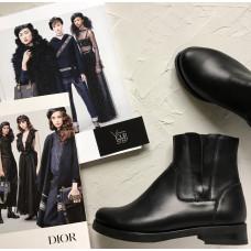 Ботинки со скрытыми резинками из натуральной кожи черного цвета Арт. 12-28V
