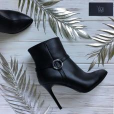 Ботинки из черной кожи на шпильке Арт. 35-10/35-2512