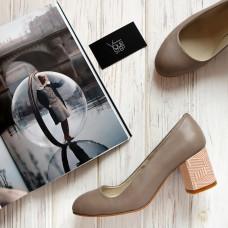 Туфли из бежевой кожи на низком каблуке Арт. 605-4/45