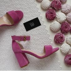 Босоножки из розовой замши с обтяжным каблуком Арт. 853-3/48Ок