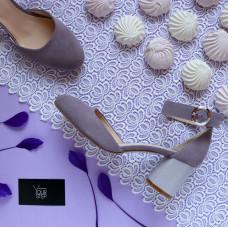 Босоножки из лиловой замши на низком каблуке Арт. 605-6/45Ок