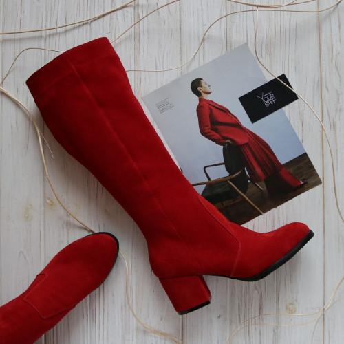 Сапоги из натуральной замши красного цвета на обтяжном каблуке Арт. 605-2Ок