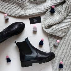 Ботинки Челси из синего нубука с принтом под питон с кожаными ребристыми вставками на тракторной подошве Арт. 12-1(S2)