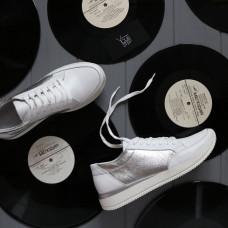 Кроссовки из белой кожи со светлыми серебряными вставками Арт. Om-2/151