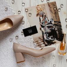 Туфли из темно-бежевой кожи на обтяжном каблуке с острым носиком Арт. 657-1/47Ok