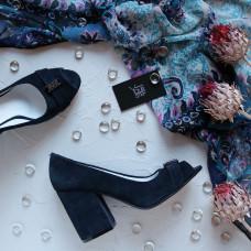 Туфли из замши темно-синего цвета с фурнитурой Арт. 95-4/49ОК-2550