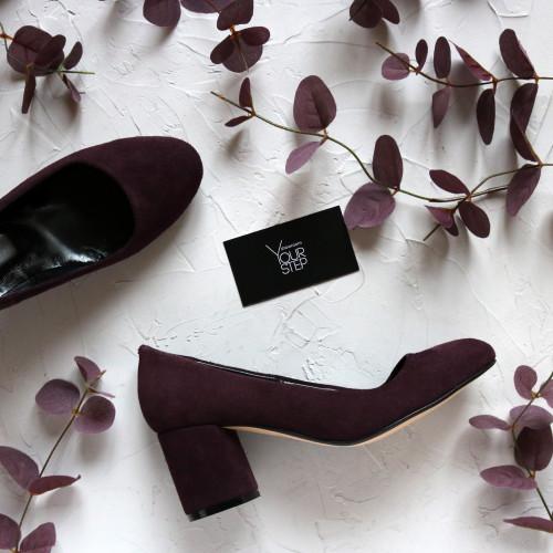 Туфли из замши цвета баклажан на низком каблуке Арт. 605-4/45Ок