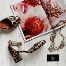 Босоножки из натуральной кожи с принтом под леопард на низком каблуке Арт. 605-6/45Ок