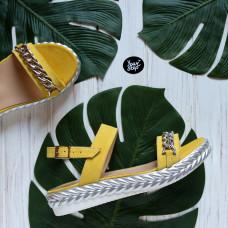 Босоножки из замши цвета лимон с фурнитурой Арт. 10-10/045F