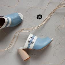 Мюли из голубой кожи с белой пряжкой Арт. 853-4/45