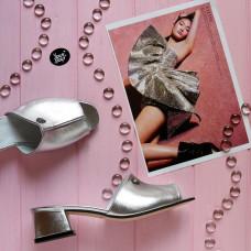 Мюли из велюра серебряного цвета на низком каблуке Арт. 456-2/53Ок