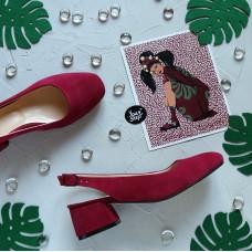 Босоножки из замши цвета ягоды на низком каблуке Арт. 456-4/53Ок