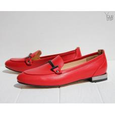 Лоферы из кожи красного цвета с фурнитурой Арт. 156-1-2578