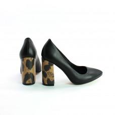 Туфли из кожи черного цвета с принтовым обтяжным каблуком  Арт. 35-1/44Ок