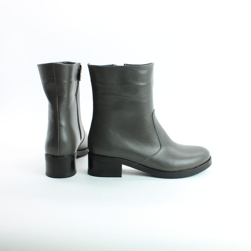 Ботинки на каблуке из натуральной кожи цвета графит Арт. 30-4V