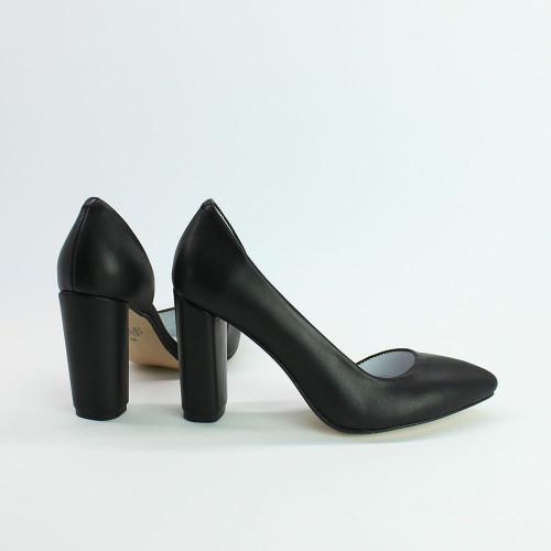 Туфли на обтяжном каблуке из черной кожи Арт. 35-5/24Ок