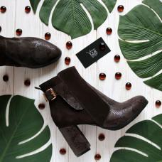 Ботинки на устойчивом каблуке коричневого цвета с принтовыми вставками Арт. 805-1Ок