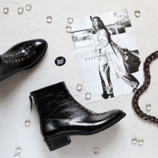 Ботинки из черного наплака с фурнитурой Арт. 306-6