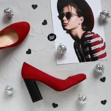 Туфли из велюра красного цвета с обтяжным каблуком Арт. 95-1/44Ок