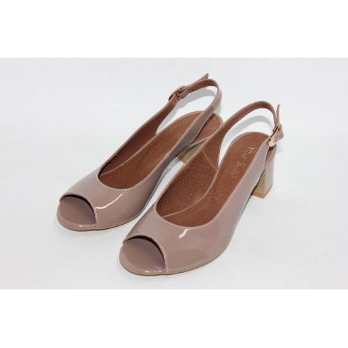 Босоножки из лаковой кожи цвета тауп на низком каблуке Арт. 50-4
