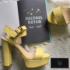 Босоножки на высоком каблуке из кожи цвета лимон Арт.: 853-2Ок