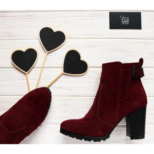 Ботинки на устойчивом каблуке бордового цвета Арт. 805-1