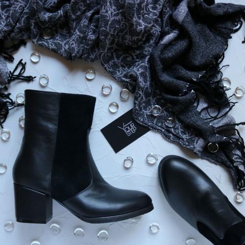 Ботинки черного цвета на обтяжном каблуке Арт. 605-1Ок
