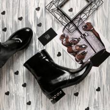 Полусапоги на каблуке из натуральной кожи наплак черного цвета Арт. 30-4(Ir5)