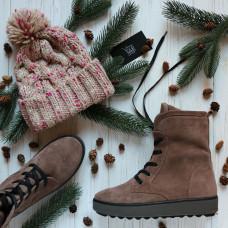 Ботинки из замши цвета капучино на коричневой подошве 12-6(Ls6)