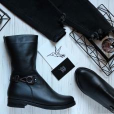Ботинки из черной кожи с декоративным ремешком Арт. 12-22V