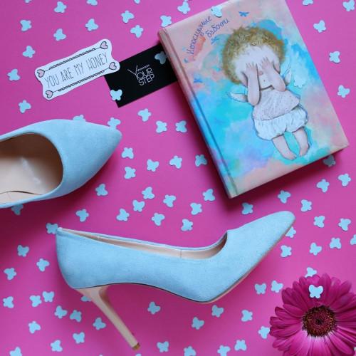 Туфли на шпильке из бледно-голубой замши Арт. 35-1